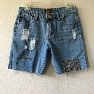 Pol distressed with patchwork denim short size S